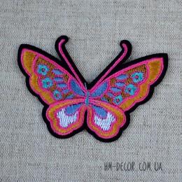 Термоаппликация Бабочка розовая 8*5,5 см