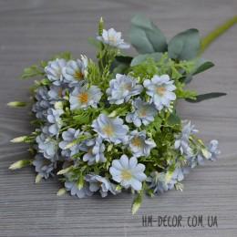 Букет мелких голубых цветочков 10 веток 45 см
