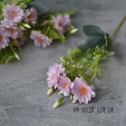 Веточка с нежными розовыми цветочками 25 см