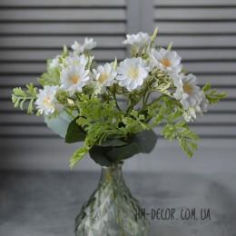 Веточка с нежными светло-голубыми цветочками 25 см