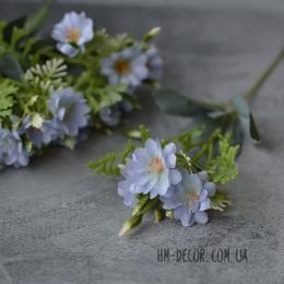 Веточка с нежными голубыми цветочками 25 см