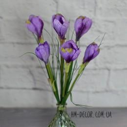 Крокусы фиолетовые высокие букет 6 веток 35 см