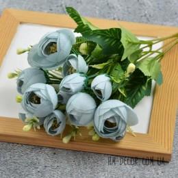 Букет ранункулюсов Мадлен голубой 30 см