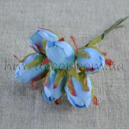 Бутон голубой розочки на проволоке 6 шт.1,5 см