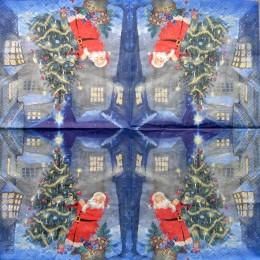 Салфетка для декупажа Санта возле елки с кисточкой и игрушками 33х33 см