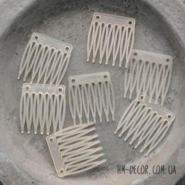 Гребень для волос прозрачный пластиковый мини 3/3 см