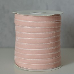 Лента бархатная 1 см нежно-персиковая 1 м