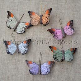 Бабочка микс на прищепке 8 см 1 шт.