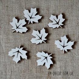 Лист клена белый 3 см 1 шт.