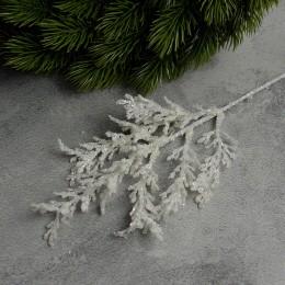 Ветка новогодняя белая 001 с блеском 30 см