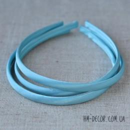 Ободок пластиковый в голубой атласной ленте 1 см