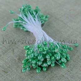 Тычинки на нитке глянцевые светло-зеленые