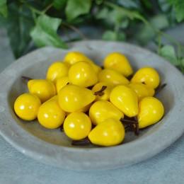 Груша искусственная желтая 2,5 см 1 шт.