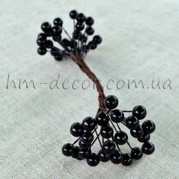 Ягоды глянцевые черные на проволоке 50 шт. 0,8 см