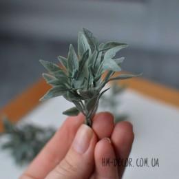 Веточка 004 серо-зеленая 7 см 1 шт.