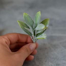 Веточка 005 зеленая с сизым напылением 8 см 1 шт.