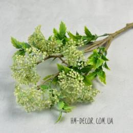 Ветка с бело-зелеными ягодками и листьями 50 см