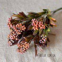 Ветка с бордовыми ягодами и листьями 35 см