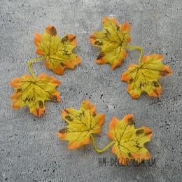Лист клена желтый двойной 7 см
